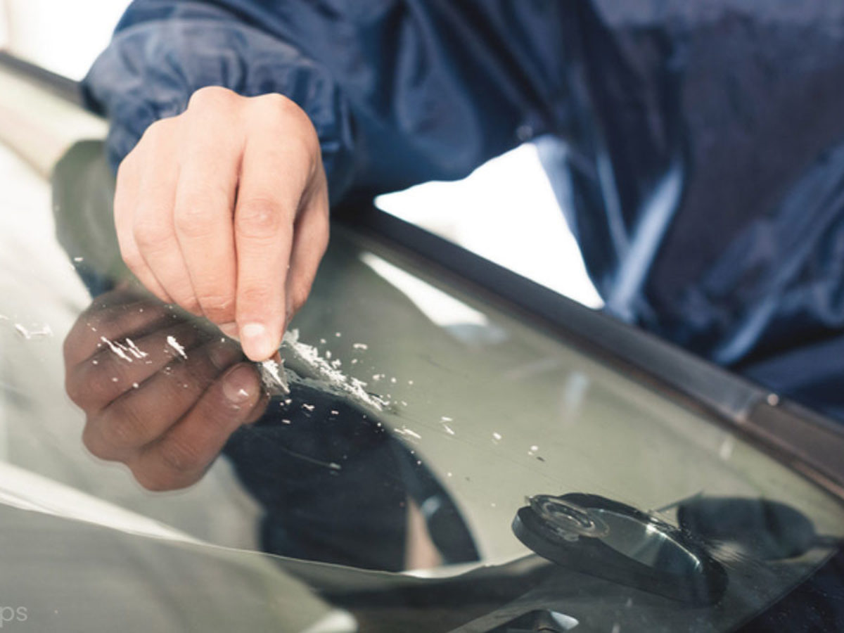 How To Remove Scratches From A Windshield [Simple Guide]