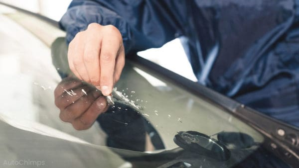 removing scratches from windshield